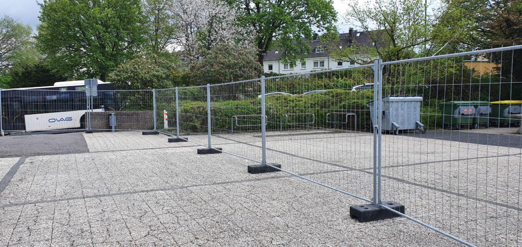 Bauzaun Wipperfürth Aufbau an Hauptschule
